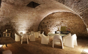 slide-contract-ristoranti-2010-massi-mago-enoteca-verona-ed-zoe.jpg